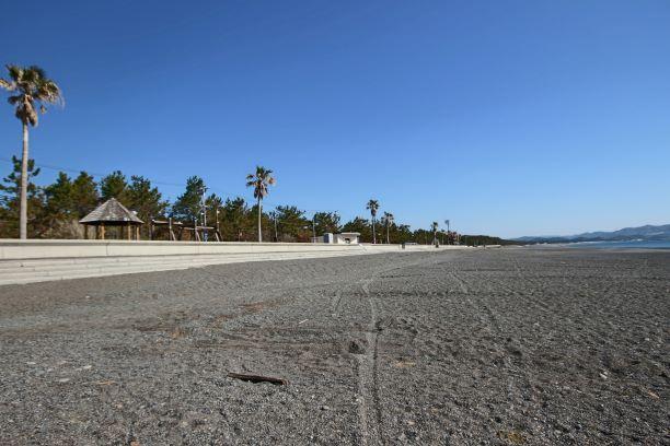釣りで有名な煙樹ケ浜までは約2.5km